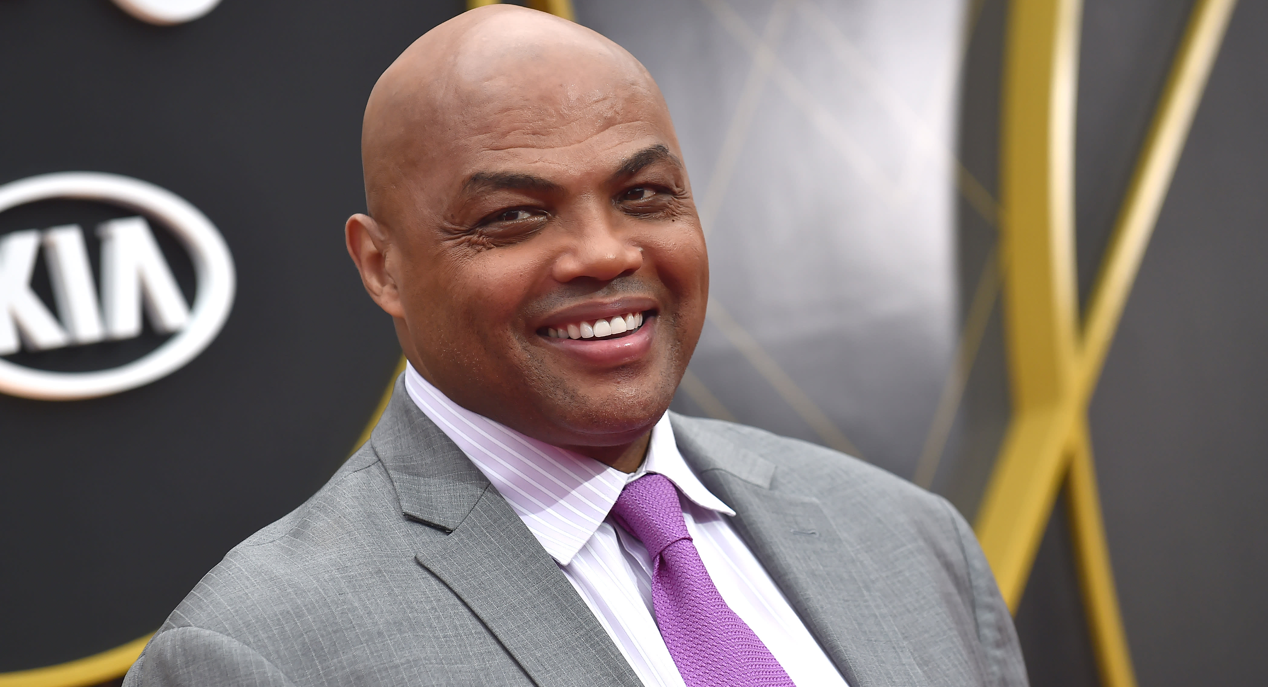 Charles Barkley to sell memorabilia to build affordable housing