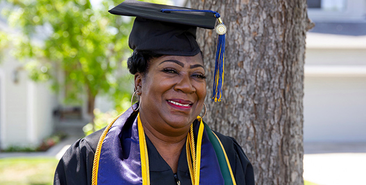 This Great-Grandma Is Graduating From College